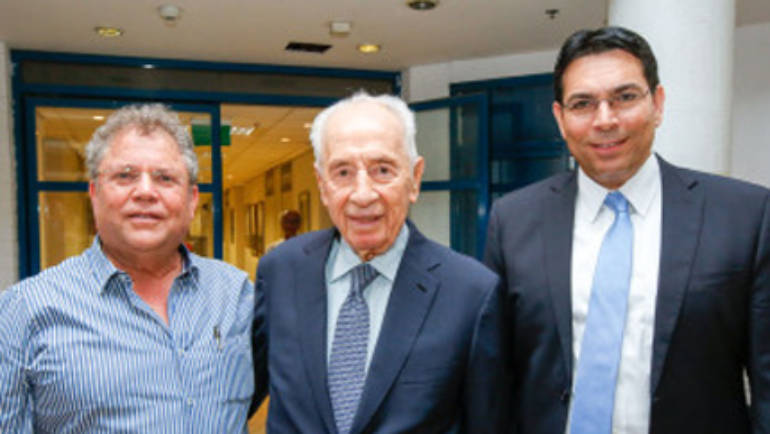Shimon Peres Praises Google – Israel Sci-Tech's 'Bridges for Peace' Program
