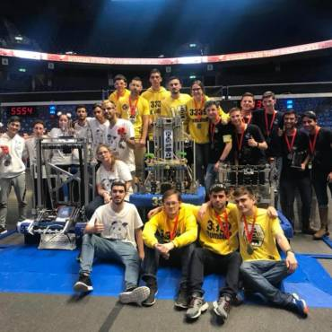 Israel Sci-Tech School Students Among the Winners in Israel's FIRST Robotics Competition